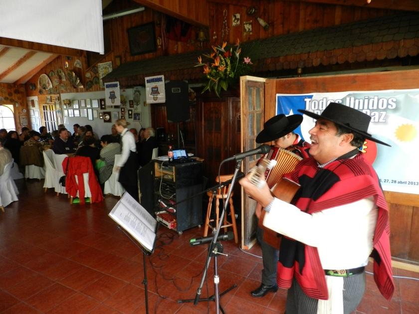 Folklor Almuerzo